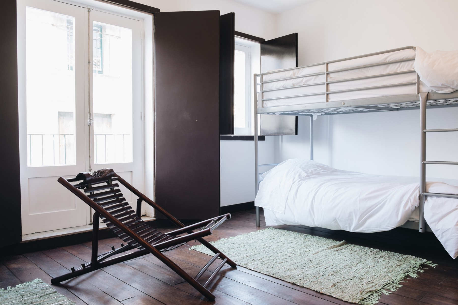 Bed Community Room